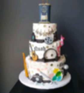 Check out all the details on this cake f