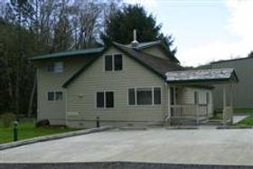 RR Creekside lodge.jpg