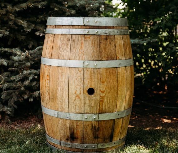 Metal Ring Wine Barrel