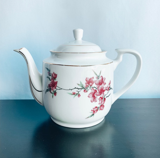 White with Pink Flowers Tea Pot.jpg