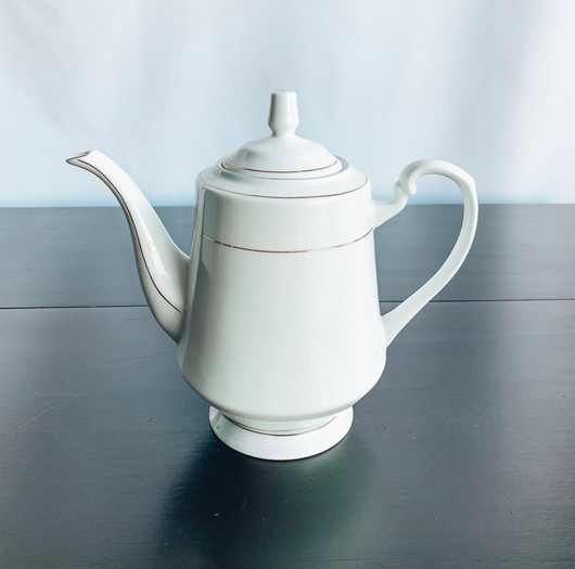 White with Gold Detail Tea Pot.jpg