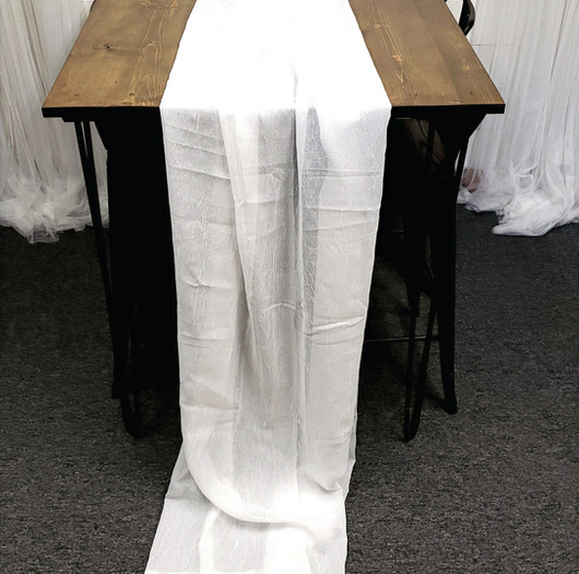 Table Scarf -White Crinkle