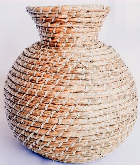 Large Wicker Vase (1)_edited_edited.jpg