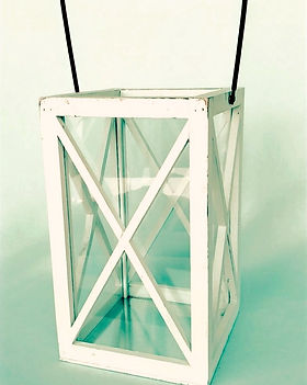 White Farmhouse Lantern_edited_edited.jp