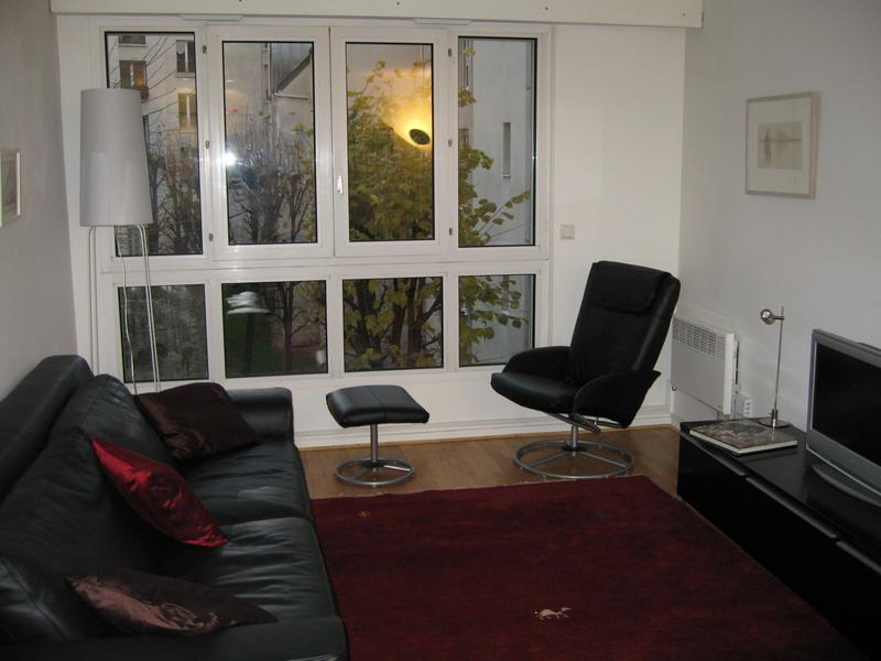 living room daytime