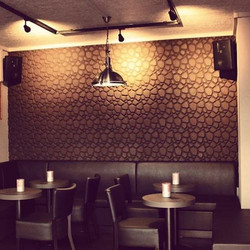 Beehive banquet - Muratto Cork Wall