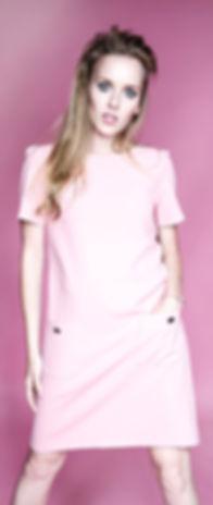 pink retro 60's makeup twiggy fashion
