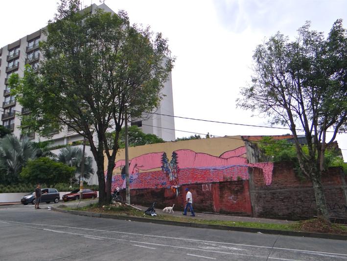 Swimming - 2013 - Carrera 13 con Calle 16 - Enseguida del antiguo hotel Melia.Pereira, Colombia.