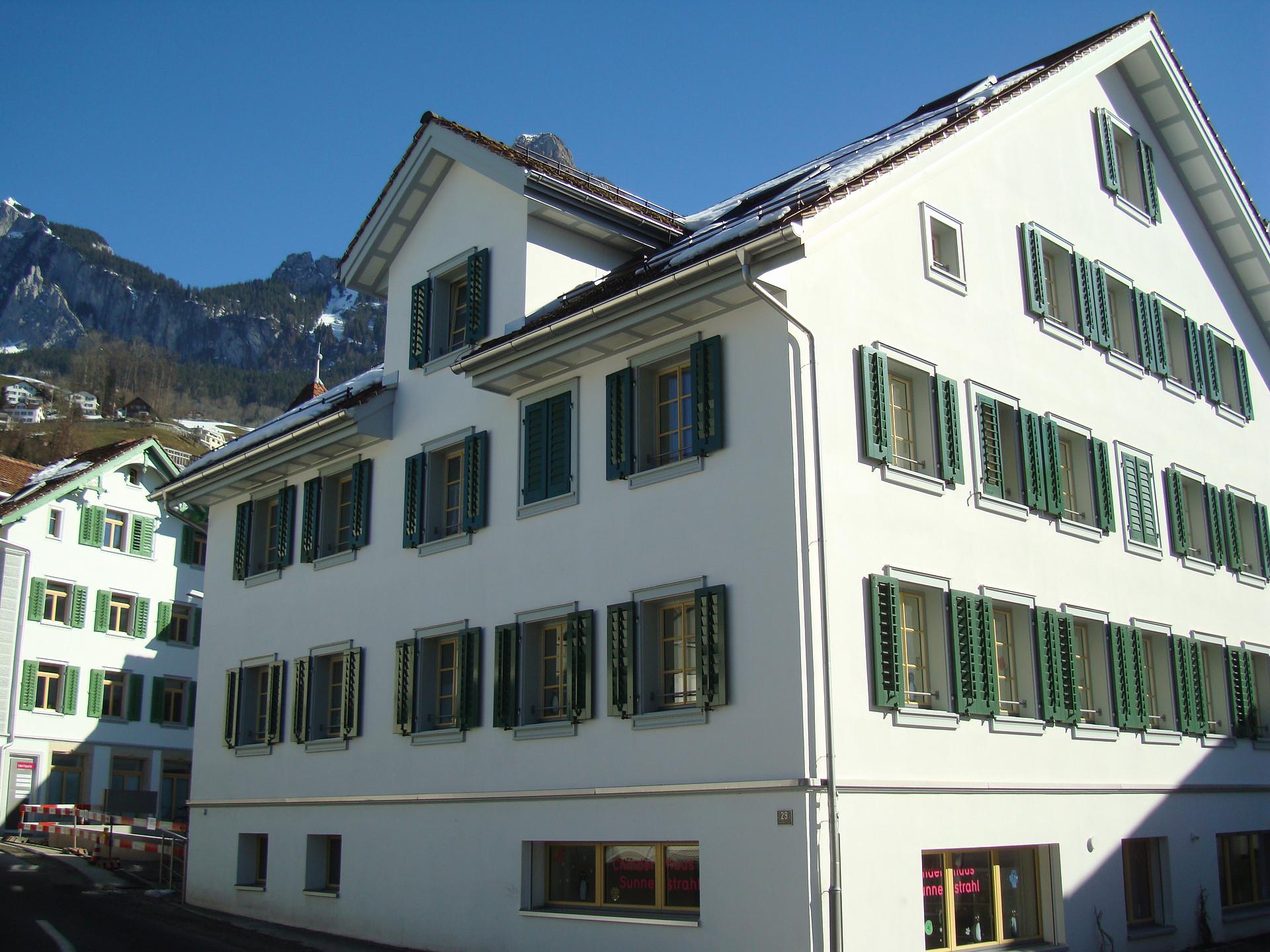 Wohnhaus und Kita, Schwyz