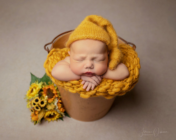 Newborn Photography Bath