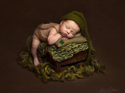 Newborn 20 High Resolution Images Direct Download & Multi Aperture Frame