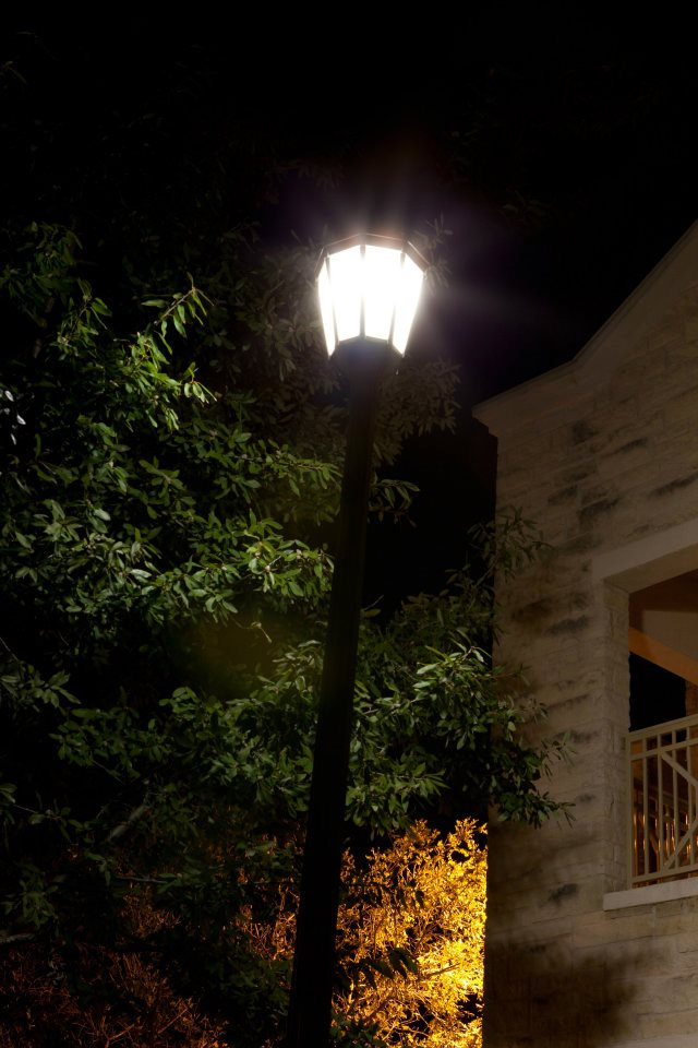 ActiveLED Acorn Street Light