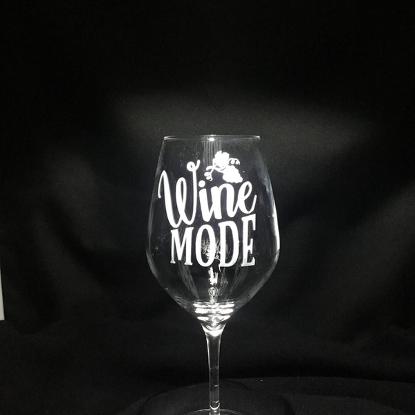 Sand Carved Wine Glass