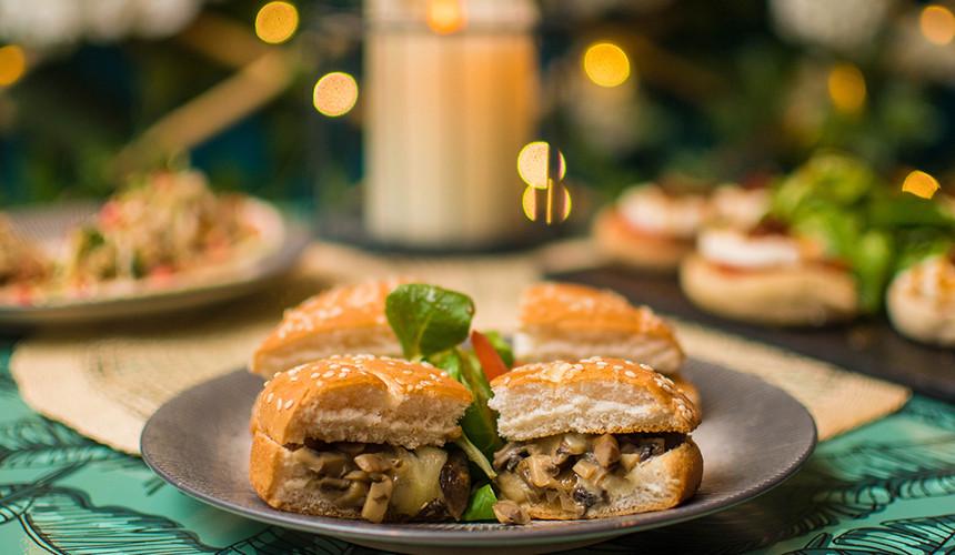 shakensmash-veggie-burger-food.jpg