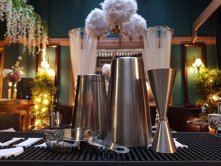 Comment devenir Barman ou barmaid mixologue?