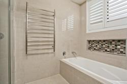 Bathroom Renovations Sydney (38)