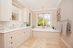 Bathroom Renovations Sydney (33)
