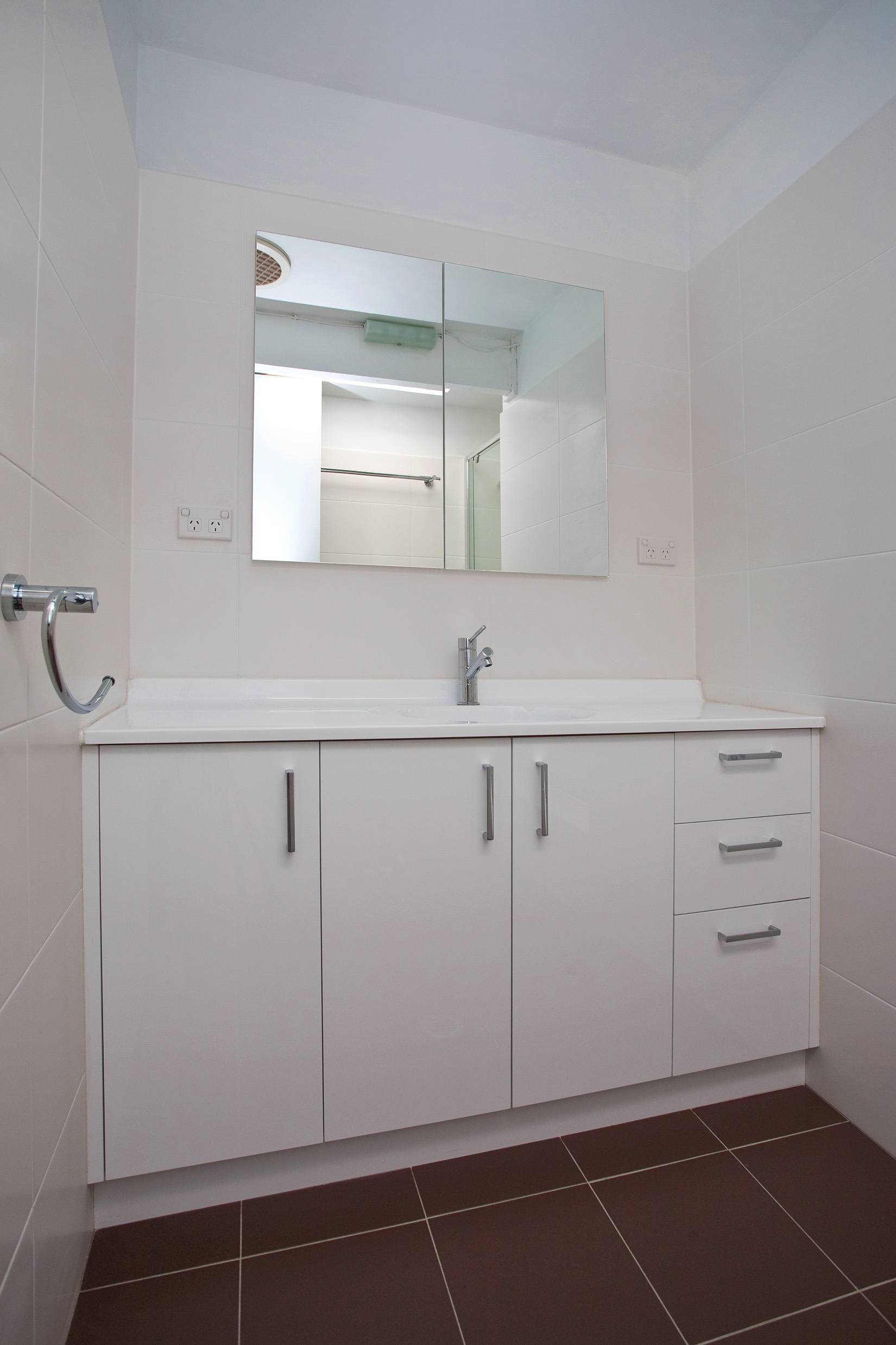 Bathroom Renovations Sydney (29)