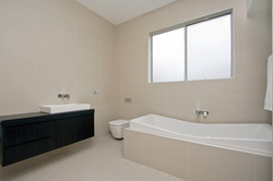 Bathroom Renovations Sydney (24)
