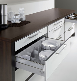 Innotech Drawers With Plastic Sides
