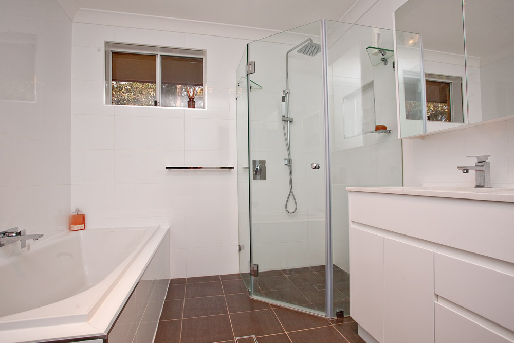 Bathroom Renovations Sydney (25)