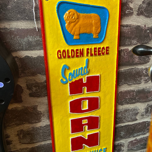 Golden Fleece sound horn sign