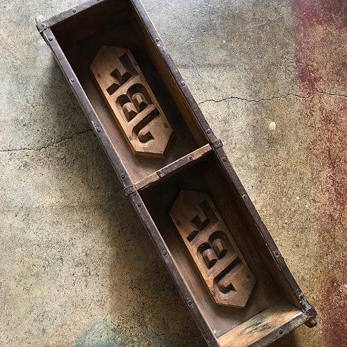 Wood brick mould