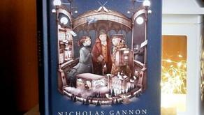 """""""Podróż na koniec świata. Klątwa Helmsleyów"""" Nicholas Ganon, wydawnictwo Debit"""