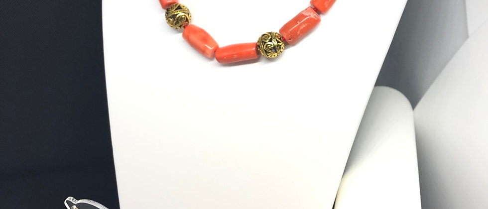 Exquisite Real Coral Beads Stone With Antique Effect Gold  Beads Jewellery Set