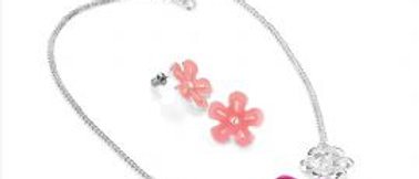Beautiful Flower Necklace And Earring Set