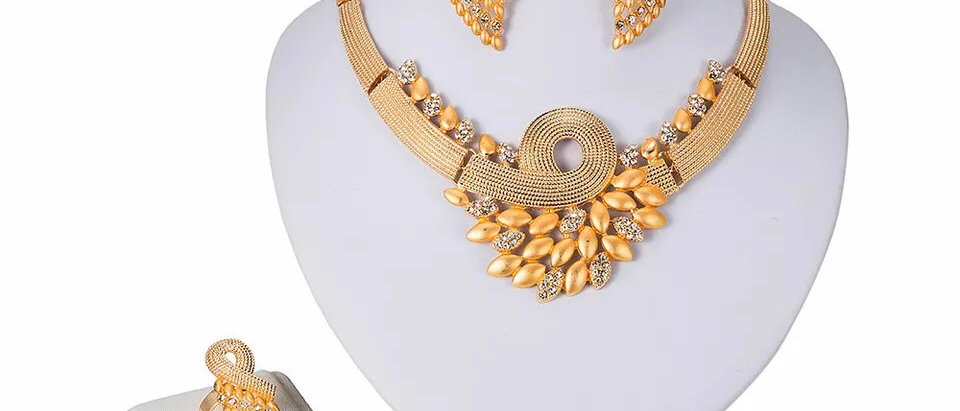 Gold Plated Crystal Jewellery Set