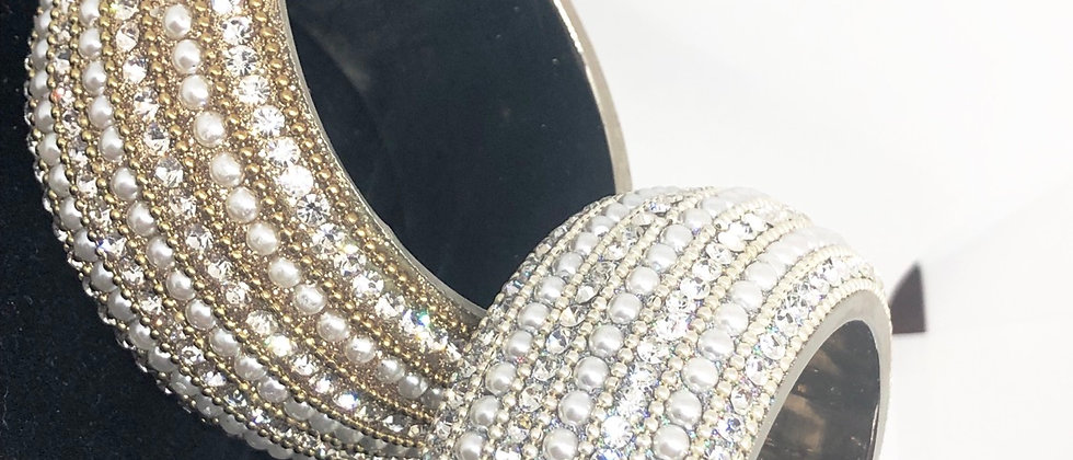 Hand Crafted Dazzling Big Crystal and Pearls Bangle