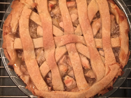 Homemade Apple 🍎 Pie Friday