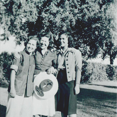 Muriel with her sisters