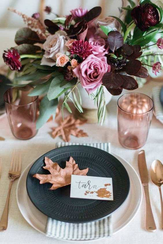 Thanksgiving Party Decor - Thanksgiving Placecards