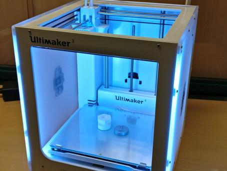 3D-tulostin koulukirjastossa