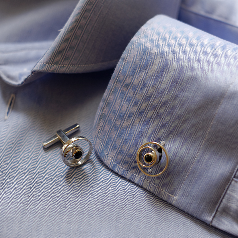 "Silver and onyx cufflinks ""Orbit"""