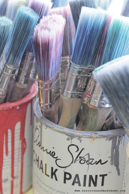 Bucket+of+brushes+in+Annie+Sloan's+studi