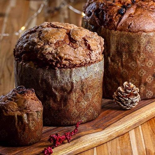 Panetone de Chocolate com Passas Embebidas na Cachaça