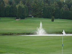 Hole 9 fountain.jpg