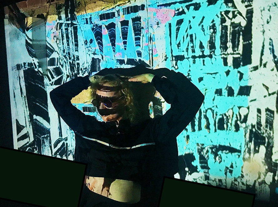 CHLOEHARRISPRINT PROFILE IMAGE.jpg