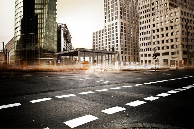 4mins Berlin by Jan Northoff