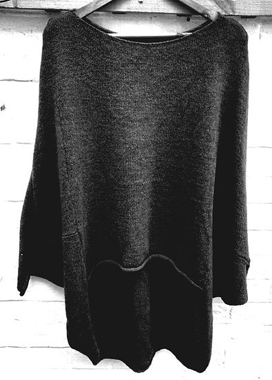 Dip Hem Knitted Jumper -Black