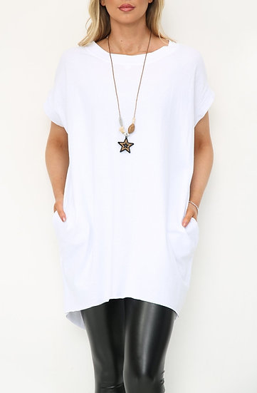 Oversized Tee with Star Necklace -White