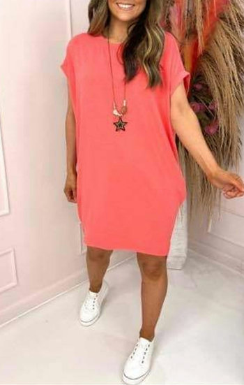 Oversized Tee with Star Necklace -Coral
