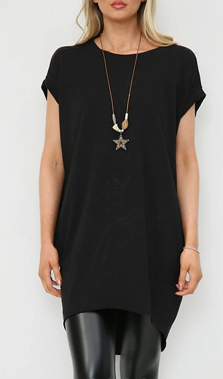 Oversized Tee with Star Necklace -Black