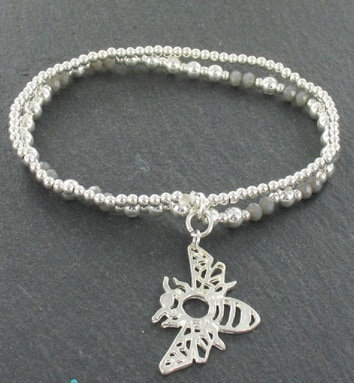 Bee Charm Bracelet (Silver plated)