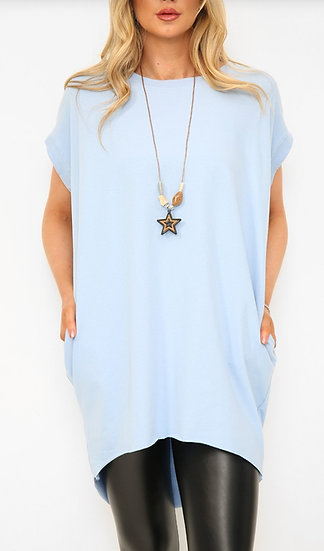 Oversized Tee with Star Necklace -Baby blue