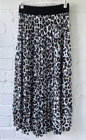 Leopard Print Pleated Maxi Skirt - White