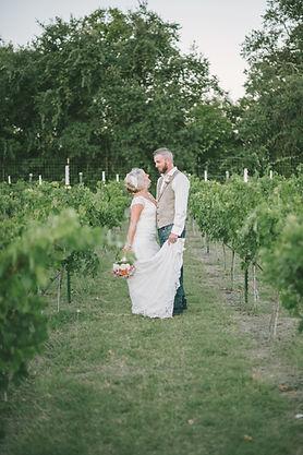 Winery elopements in Fredericksburg Texas